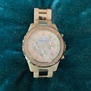 Michael Kors Watch - Gold